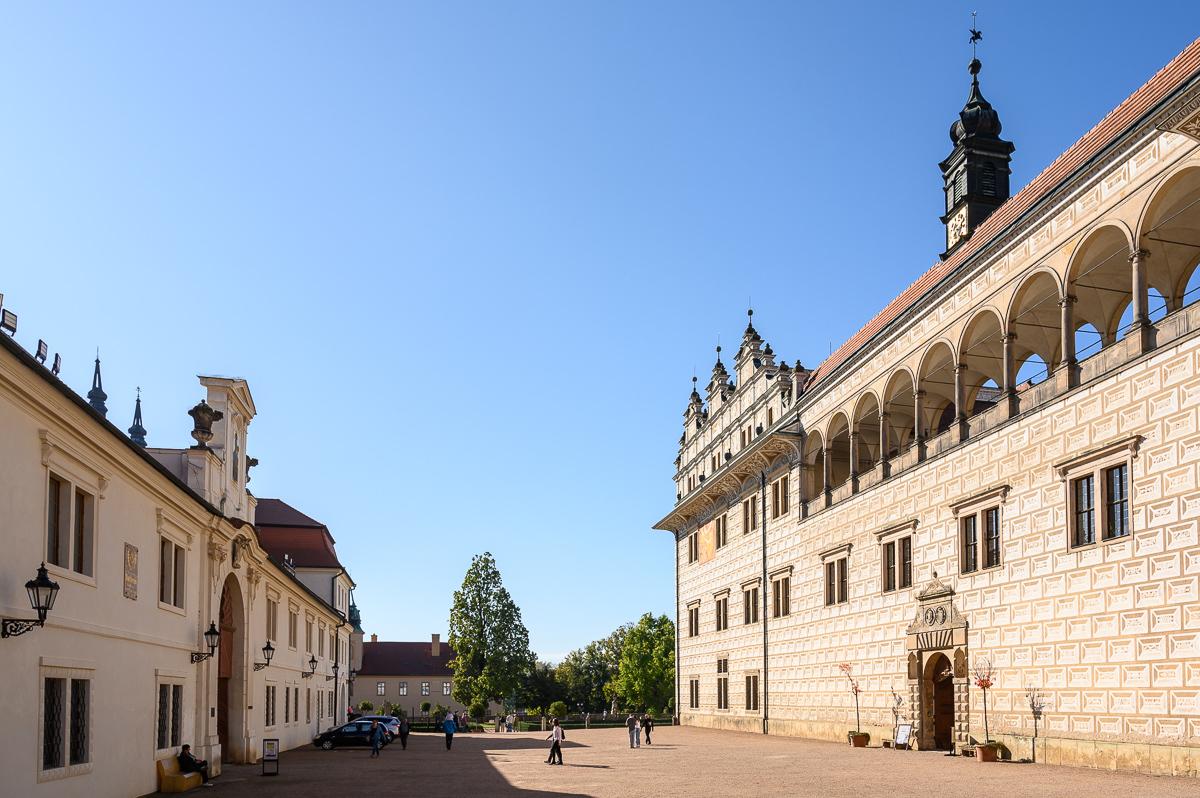 vstup do zámku