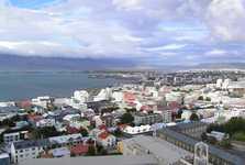 pohled z kostelní věže na přístav