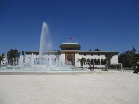 správna budova v Casablance