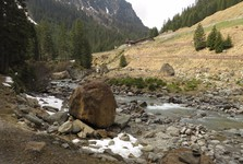 the trail under Grawa Almem