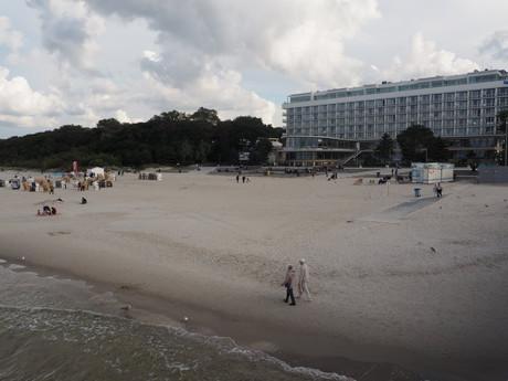 prechádzky po pláži sú krásne v každom ročnom období