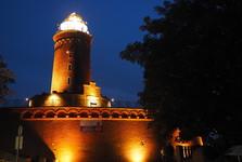 освещенный маяк