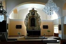 interiér evangelického kostela