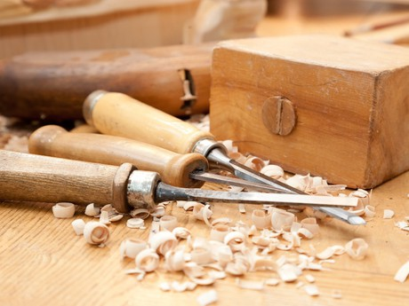 ремесло резьбы по дереву (c) fotolia.com