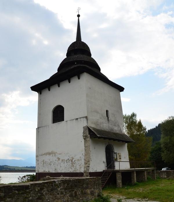 věž kostela Panny Marie
