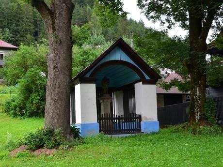 Maluzina – St John of Nepomuk's chapel