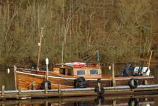loďka na ostrov Inchcailloch