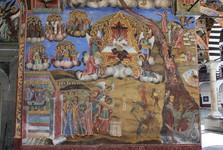 fresky na venkovní stěně kostela