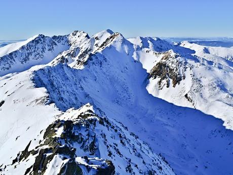 hlavný hrebeň Západných Tatier a Smutná  dolina