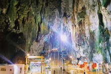 another cave next to Batu Caves