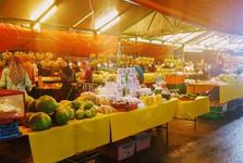 местный рынок в городе Кота-Кинабалу