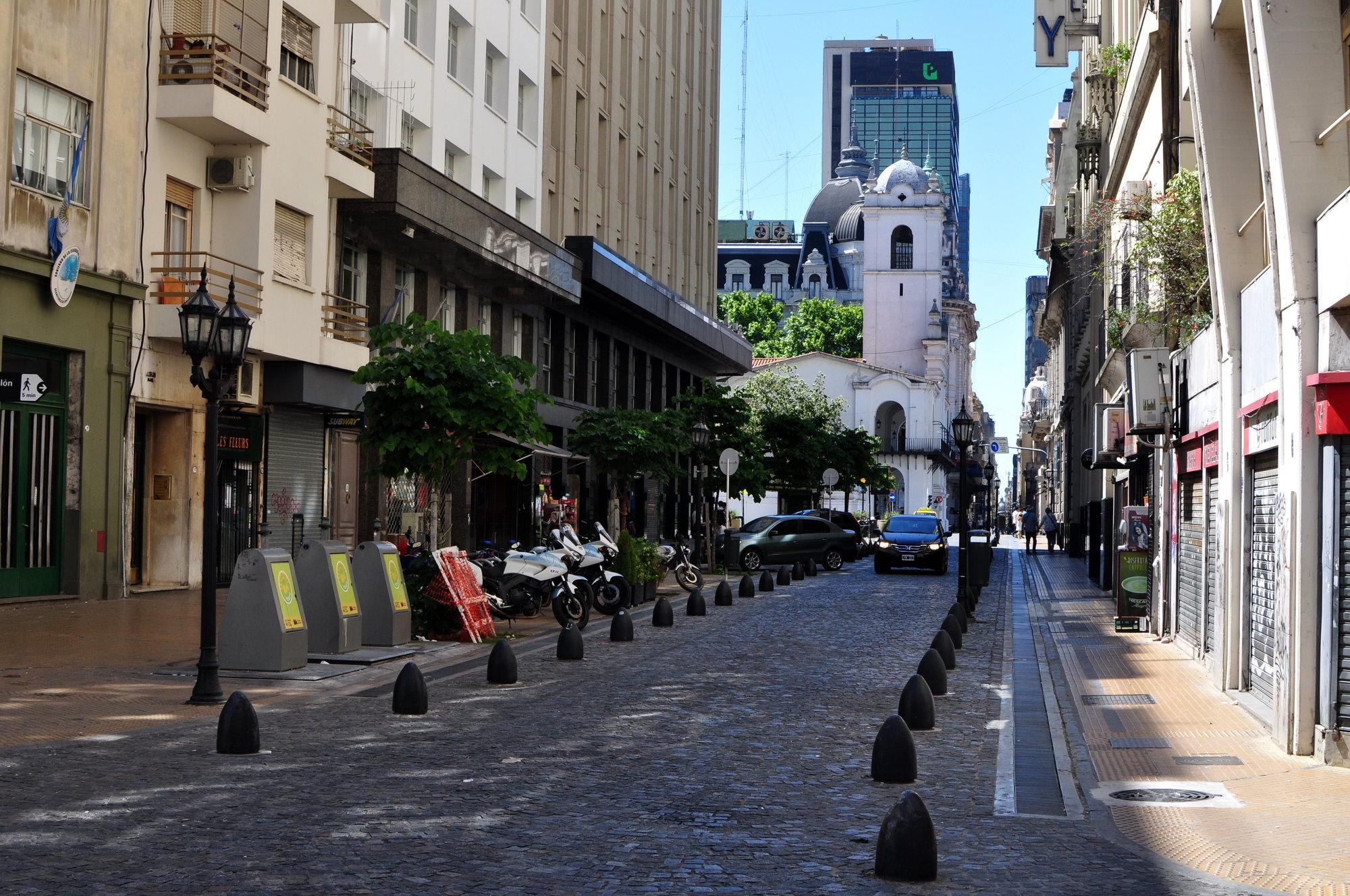 улицы в Буэнос-Айрес