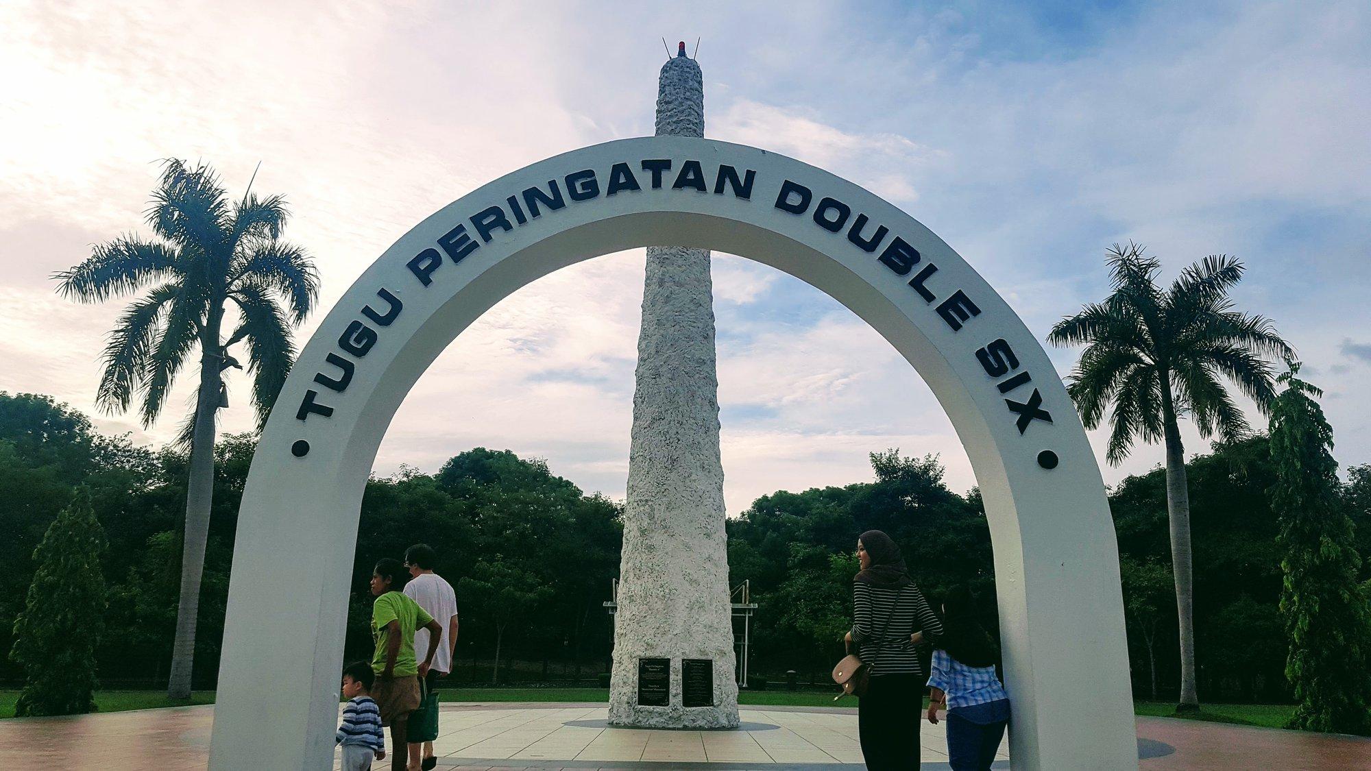 Double Six Monument – památník
