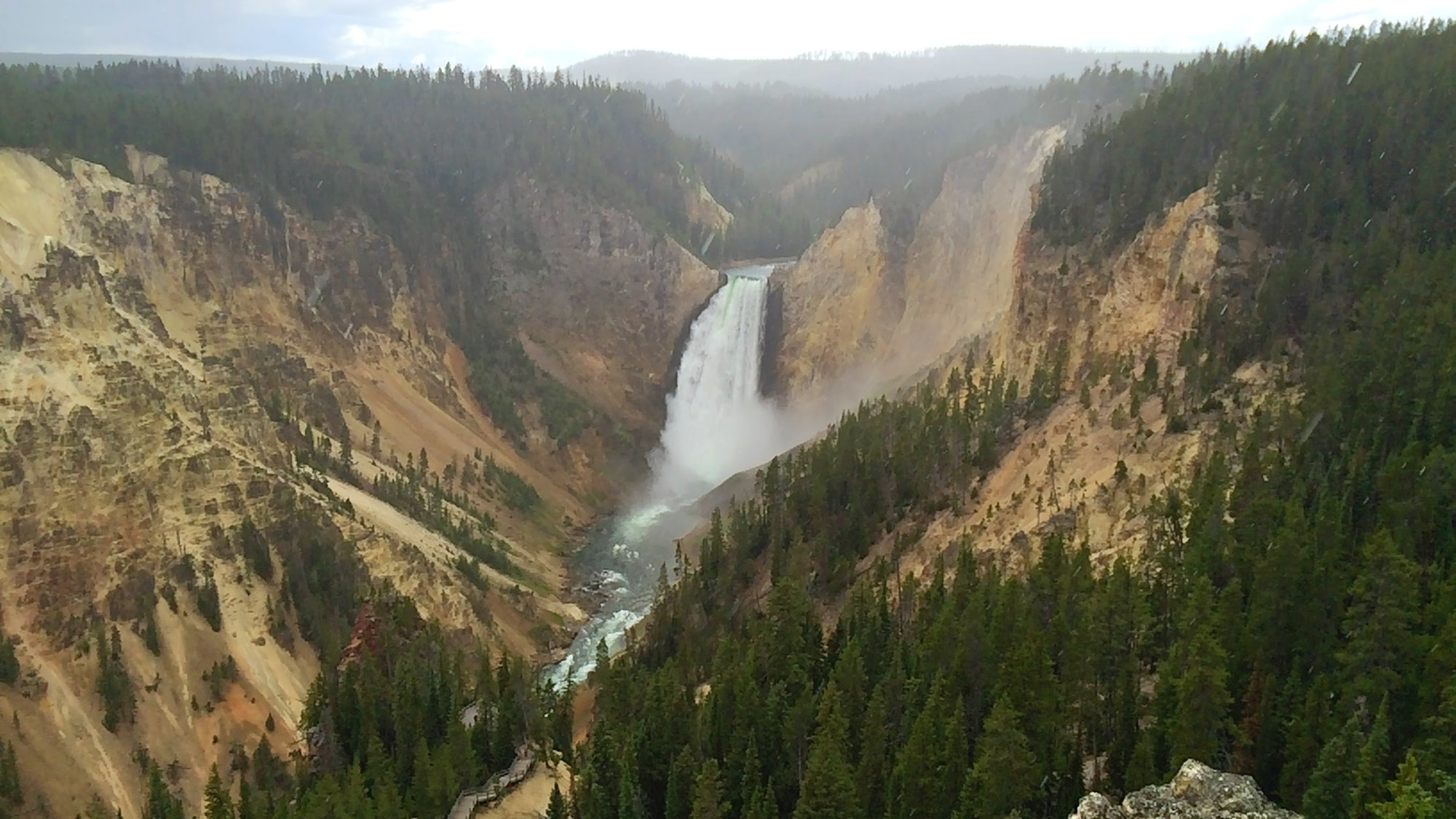 водопад в  Grand Canyon of Yellowstone