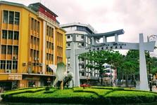 Кота-Кинабалу - знаменитый круговой перекресток