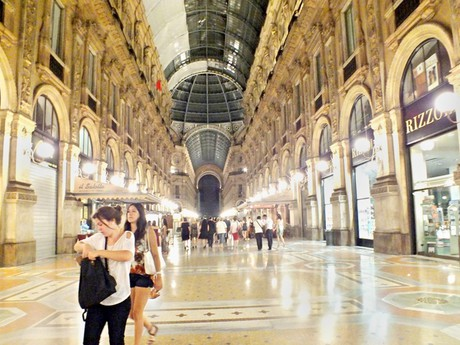Galleria Vittorio Emanuele II. (Miláno) - večer