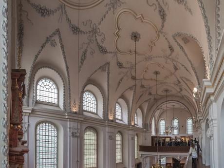 Klausová synagoga interiér, Židovské muzeum v Praze