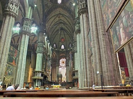 Duomo di Milano (Miláno) - interiér