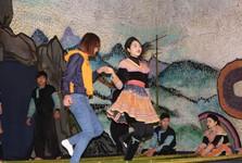 местный танец