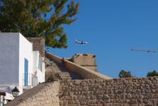 крепостные стены Dalt Vila