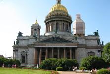 chrám sv. Izáka je jedna z nejvýznamnějších staveb ve městě
