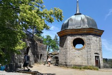věž kostela na východní plošině – tzv. lucerna