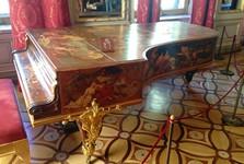Kdo asi hrával na tomto klavíru?