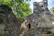 zrúcanina hradu Svojkov