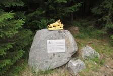 pamětní kámen na lesní cestě Josefce