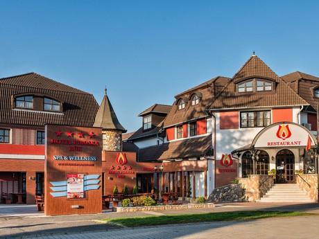 Hotel Piroška****