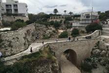 Polignano a Mare – vyschnuté koryto rieky