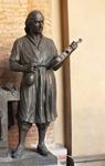 скульптура скрипача на ратуше (Кремона)