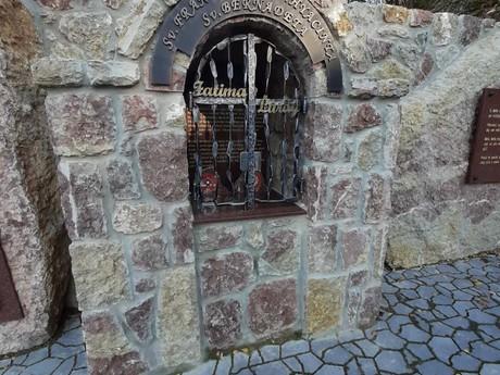 Kamenné Sanktuárium Božieho milosrdenstva, Butkov, Ladce