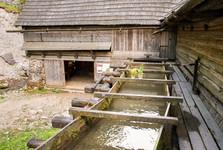 водный привод нижней мельницы