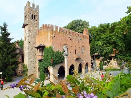 Grazzano Visconti palace