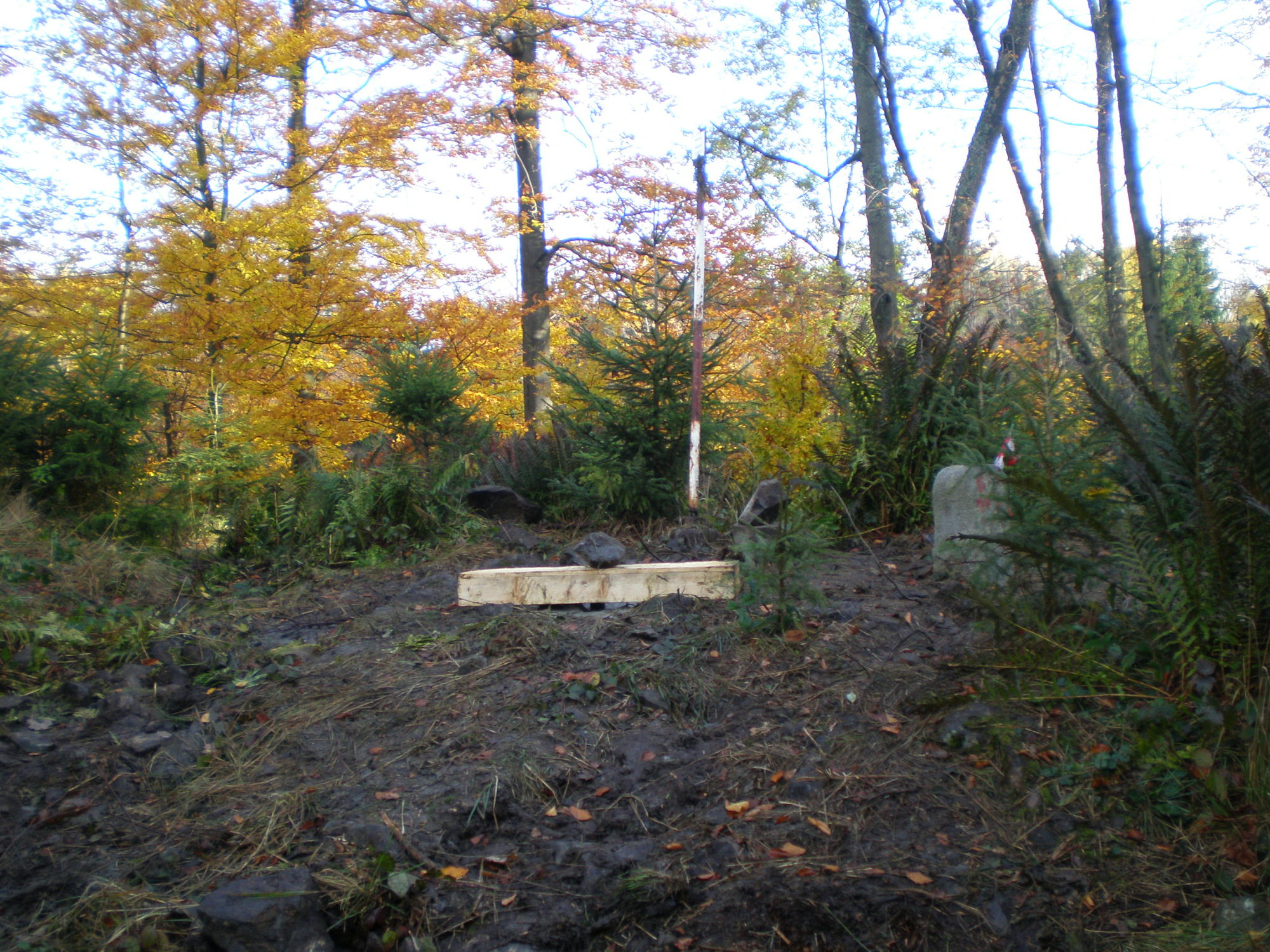 вершина высоты 718 м, Бржизковец, где должен был быть размещен радар американской ПВО