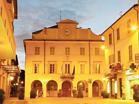 ратуша (Salsomaggiore Terme)