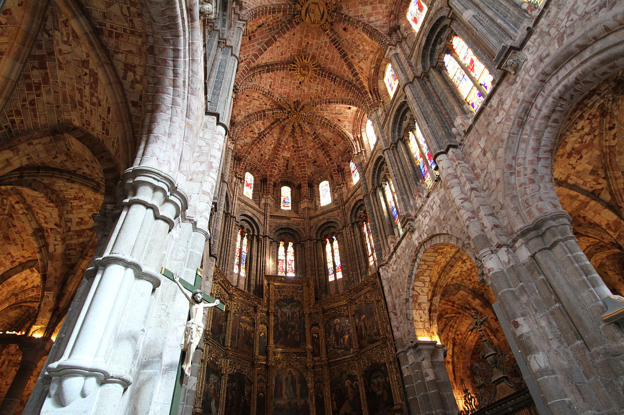 интерьер собора