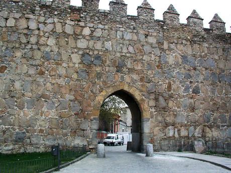 Puerta del Mariscal