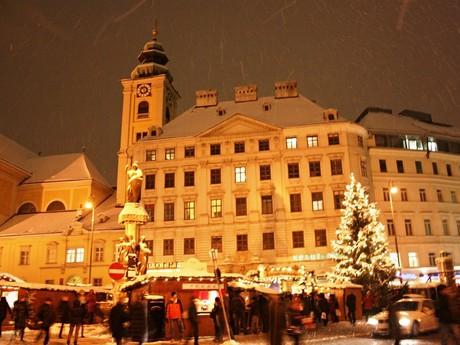 Vienna, Am Hof