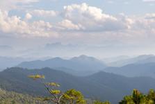masív Chiang Dao je vidieť naozaj z ďaleka
