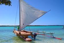 plachetnice na ostrove Ile des Pins