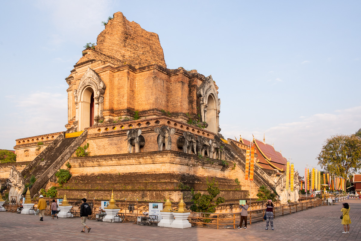 hlavná stúpa Wat Chedi Luang