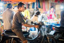 noční trh s jídlem