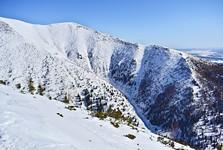 Долина Трновска и гора Младкы