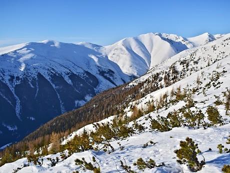Долина Жиарска