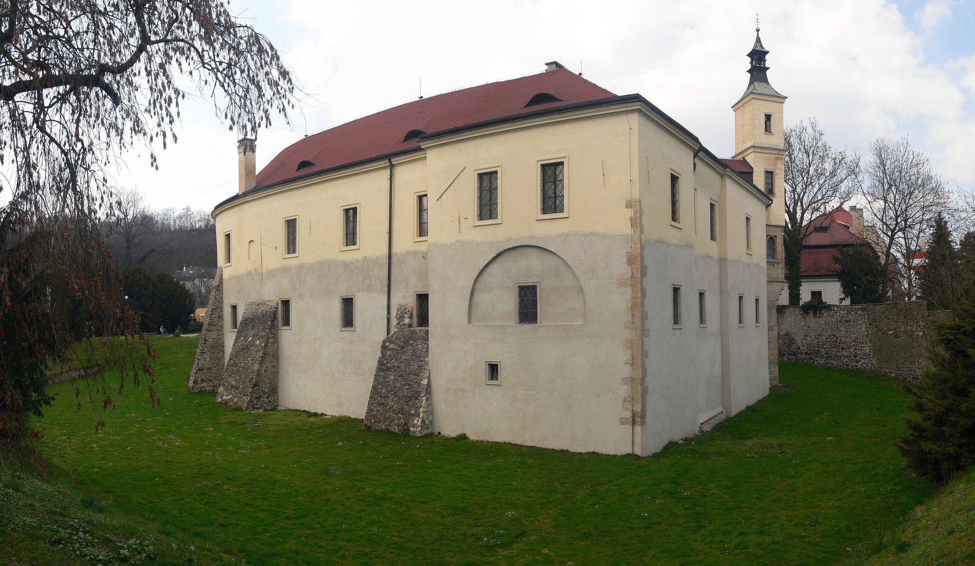 zámek Roztoky