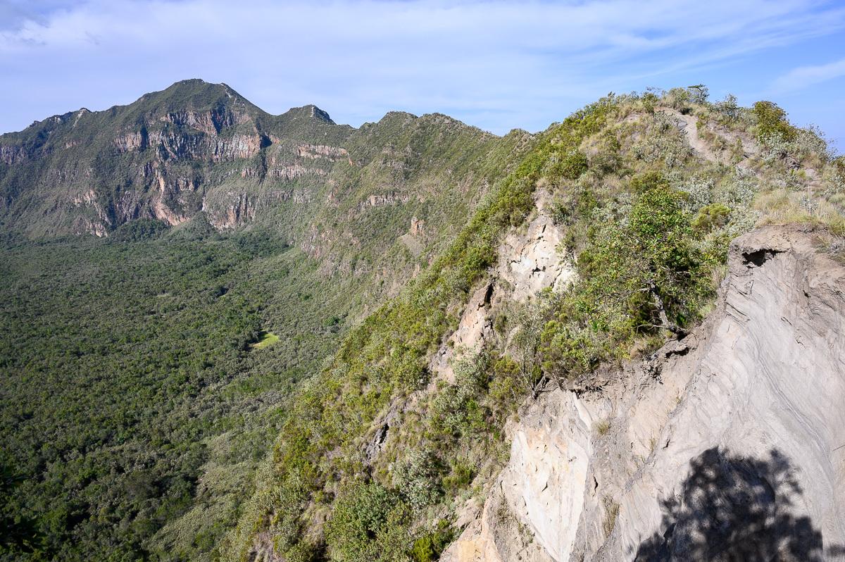 путь на вершину вулкана