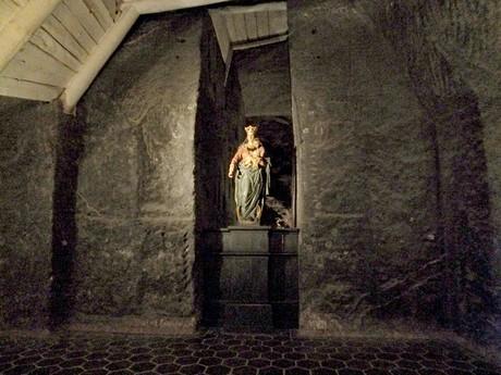 Panna Mária Víťazná, kaplnka sv. Kríža (Wieliczka)
