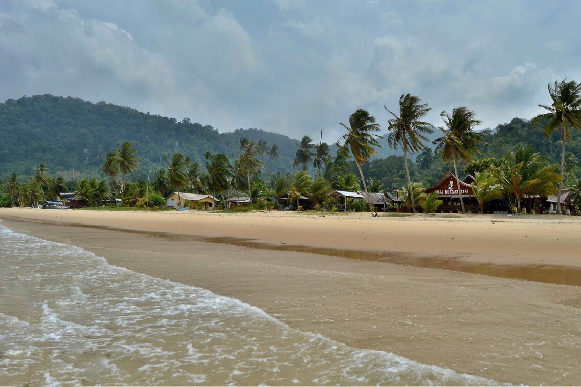 пляж на острове Тиоман